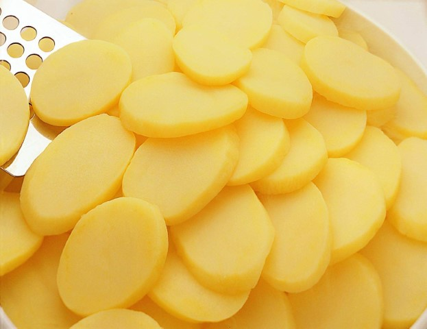 FROZEN BOILED SLICED POTATOES -  Cut : 9/9 – 6/6 – 14/14